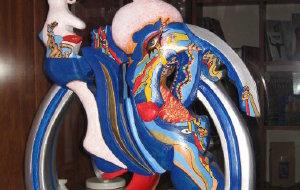 【锡切斯图片】在西切斯的艺术酒店迎新年之三:奇画异塑,抽象之美