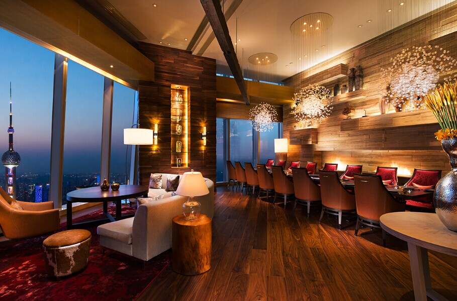 上海浦东丽思卡尔顿酒店(陆家嘴黄金夜景净收眼底)