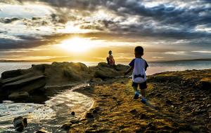 【阿拉善图片】我,两岁,在西北狂游20天:青海湖、哈拉湖、水上雅丹、俄博梁、巴丹吉林……