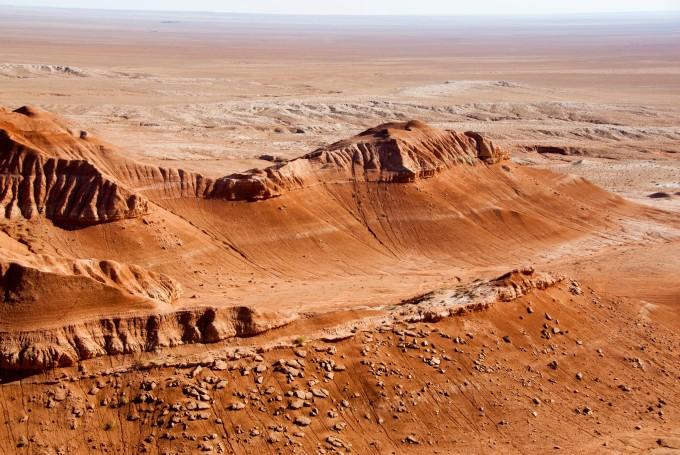 道路沙漠车辆风景