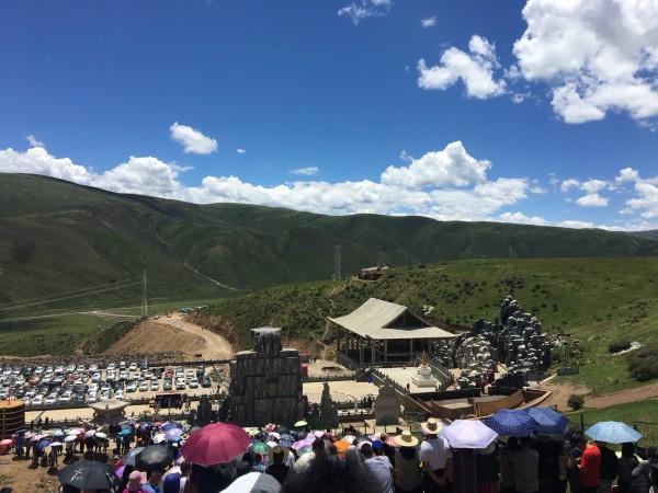 马尔康有多少人口_8月1日相约马尔康,感受第八届嘉绒锅庄文化旅游节的魅力