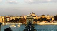 来布达佩斯吧,他还有上个世纪的浪漫和经典