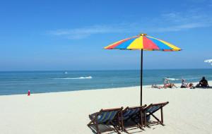 马来西亚娱乐-巴都丁宜海滩