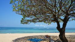 巴厘岛景点-努沙杜瓦海滩