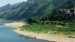 黔东南景点-停洞侗寨