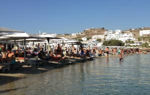 希腊娱乐-欧诺斯海滩
