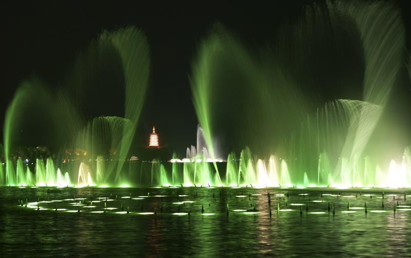 西湖音乐喷泉在哪里?看西湖音乐喷泉的地点是哪?