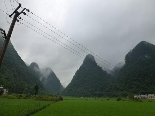 四川人口有多少_芷江县有多少人口