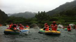 千岛湖娱乐-九龙溪漂流