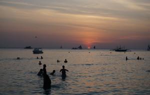【锡基霍尔图片】菲律宾日记,写给未来的我们(长滩岛,宿雾,锡基霍尔,苏米龙,oslob,杜马盖地10日游)