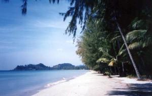 象岛娱乐-孔颂海滩