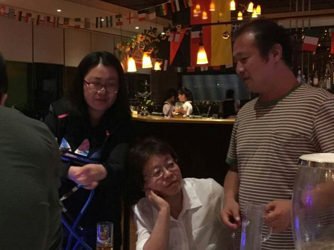 求青岛饭店聚餐真实手机照片