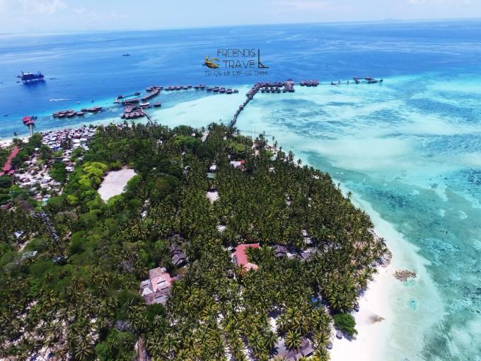 马布岛特点:可徒步绕岛,有原住民,欧美人居多;  | 出行注意:穿拖鞋