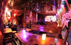 泸沽湖娱乐-他留人家火塘音乐酒吧