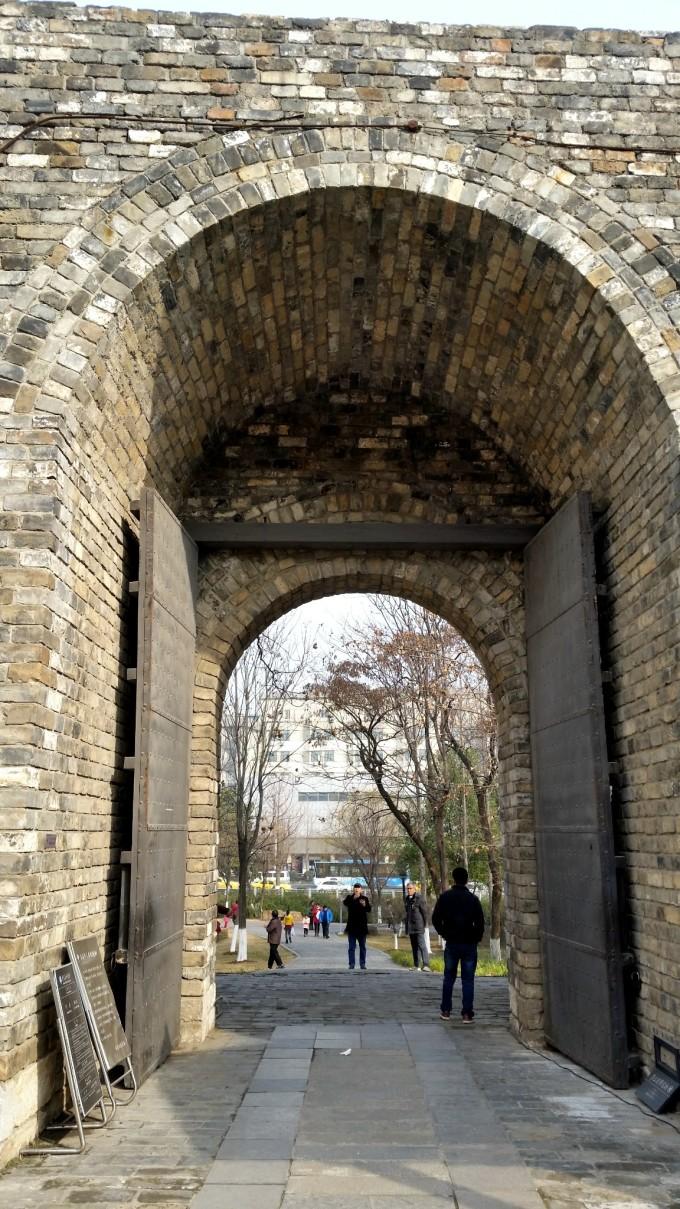 七十里的城墙,带我到远方免费下载_荔枝