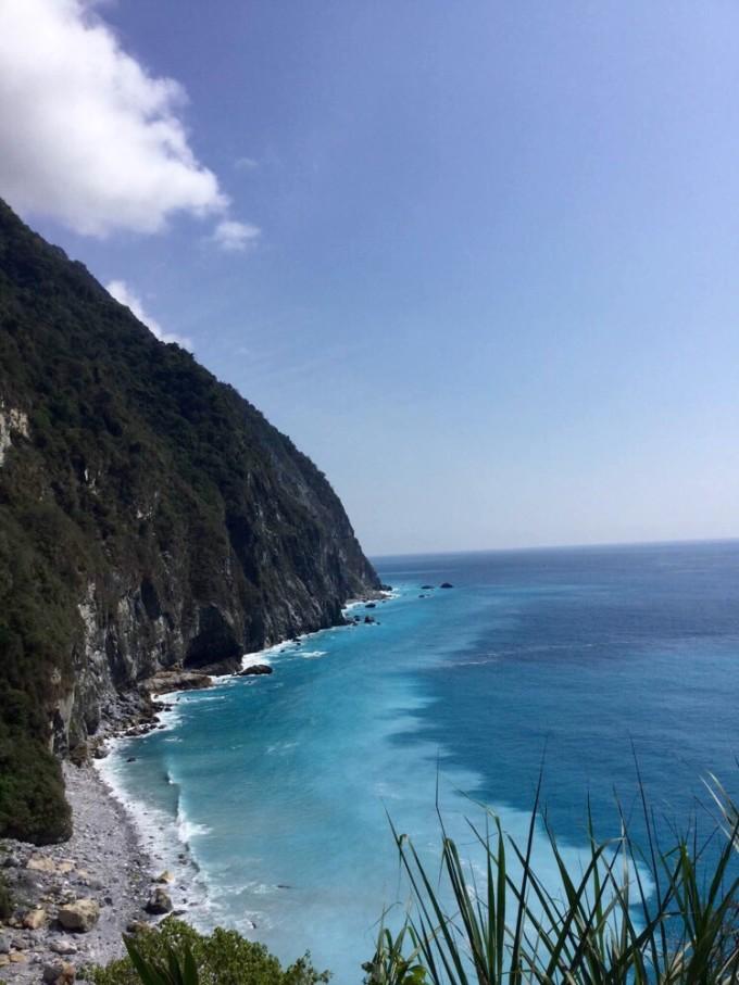 澳大利亚   维多利亚   大沙漠南部.清水断崖是   台湾   八大景之一.
